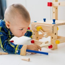 Le jeu développe la créativité, la capacité d\'adaptation, l\'autonomie